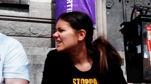 Amelia besöker Härnösand inför EU-valet.